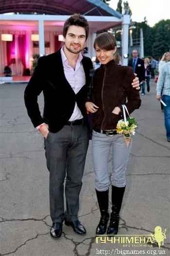 Василь Бондарчук, дружина Катя Веласкес